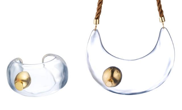 MissHavishamiconicbubblecuff:collar