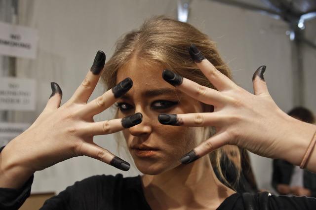 Mara_Hoffman-Hands