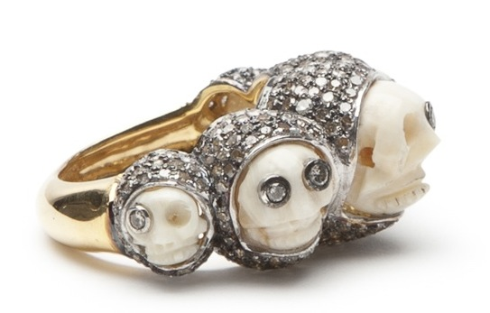 Lauren Craft small skull ring on The Fashion Informer