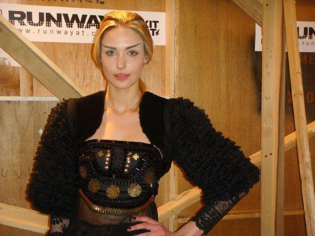 9. Gemma Kahng:Gen Art by The Fashion Informer