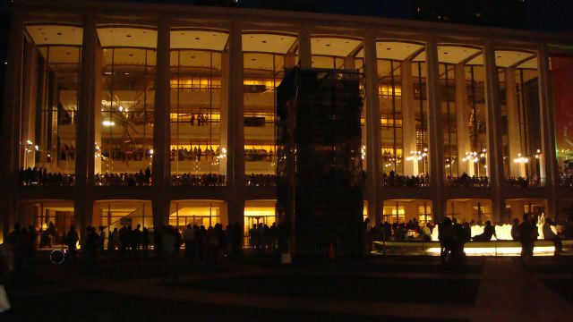 5. Lincoln Center:Zac Posen show by Lauren David Peden:The Fashion Informer