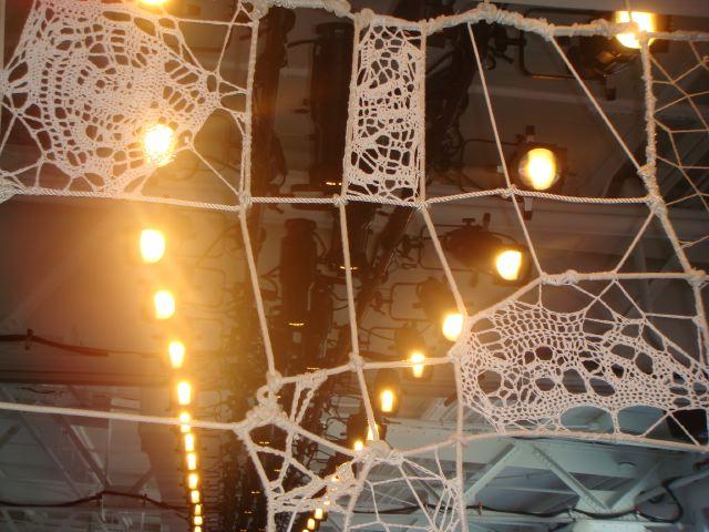 2. Tess Giberson spring 2014 crocheted backdrop by Lauren David Peden:The Fashion Informer