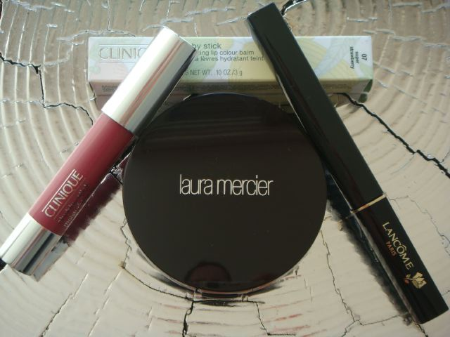 6. Sephora makeup on The Fashion Informer