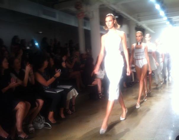 9. Karlie leads the finale at Cushne et Ochs by Lauren David Peden:The Fashion Informer